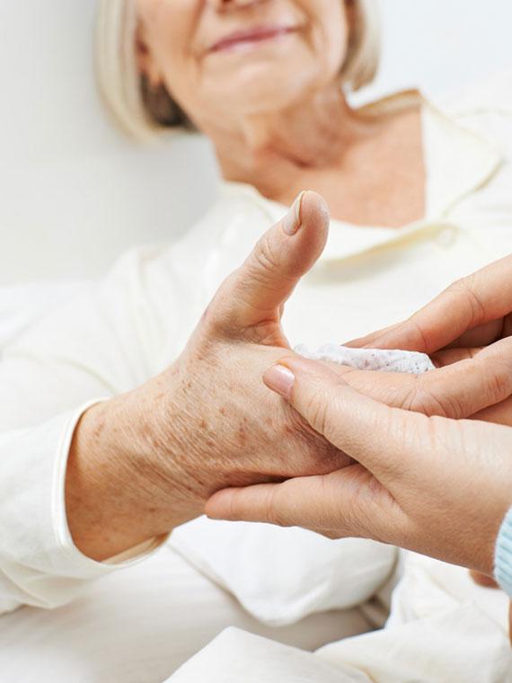 Alten- und Krankenpflege, Grundpflege